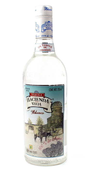 Bottle of Hacienda Vieja Blanco