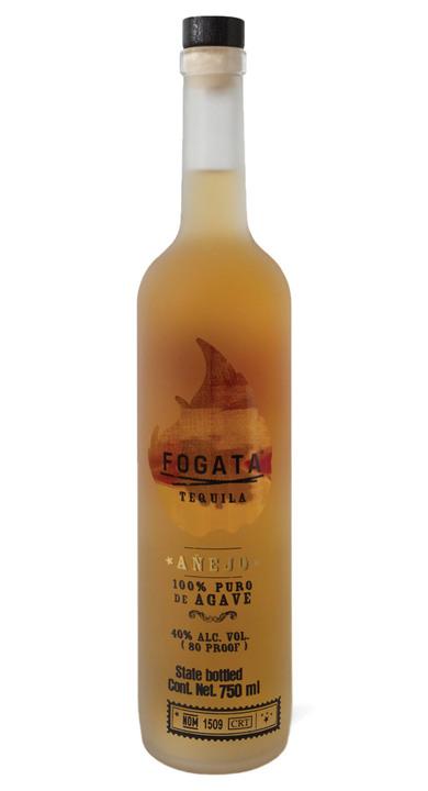 Bottle of Fogata Tequila Añejo