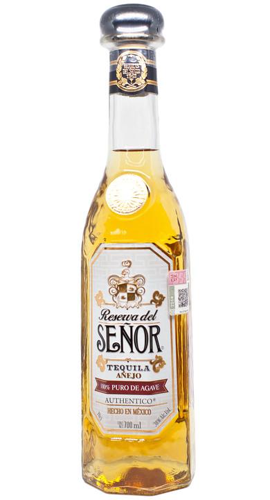 Bottle of Reserva del Señor Añejo