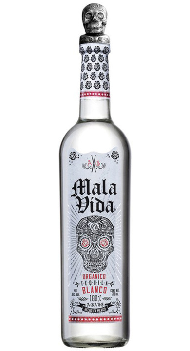 Bottle of Mala Vida Blanco