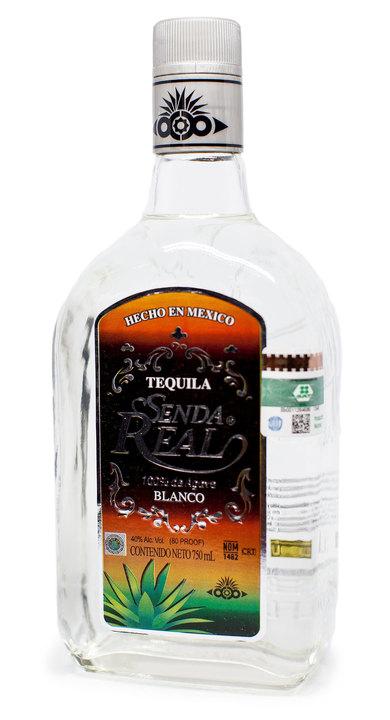 Bottle of Senda Real Blanco