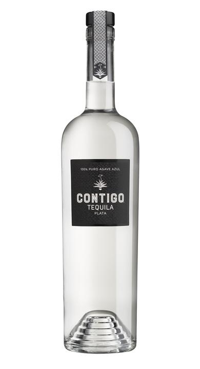 Bottle of Contigo Plata