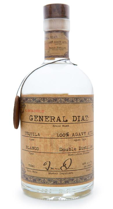 Bottle of General Diaz Blanco