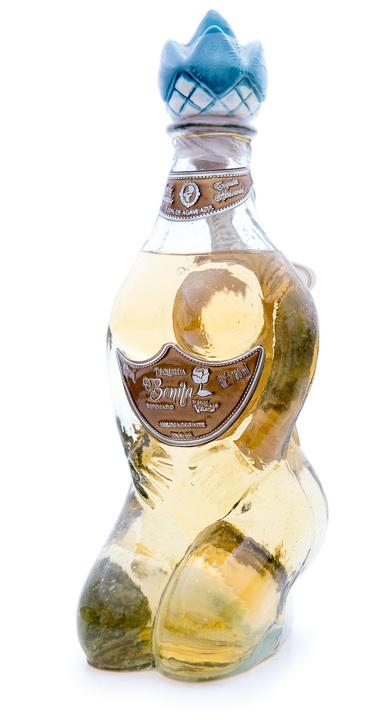 Bottle of Bonita Reposado by Don Valente