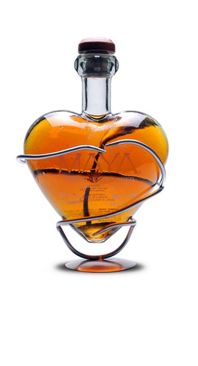Bottle of Ofrenda Maya Extra Añejo