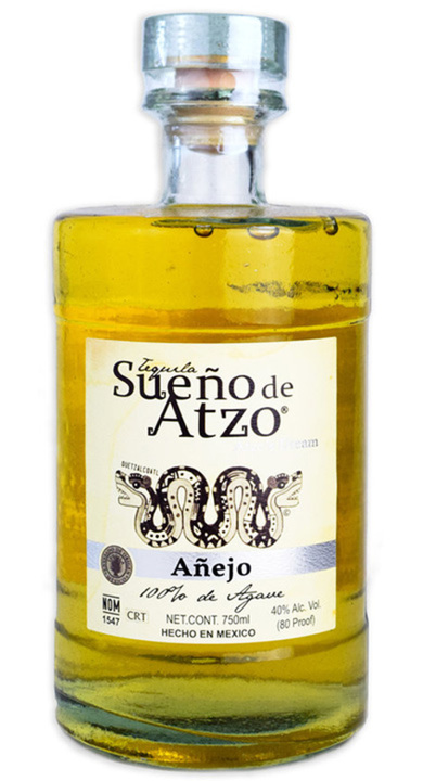 Bottle of Sueño de Atzo Añejo