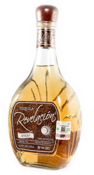 Bottle of Revelación Añejo