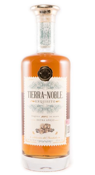 Bottle of Tierra Noble Exquisito Extra Añejo