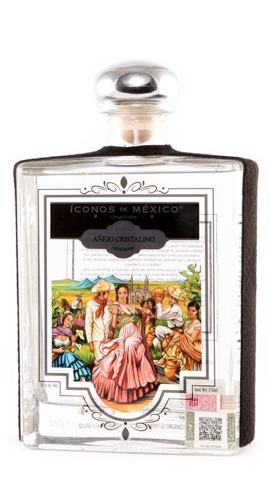 Bottle of Iconos de Mexico Añejo Cristalino