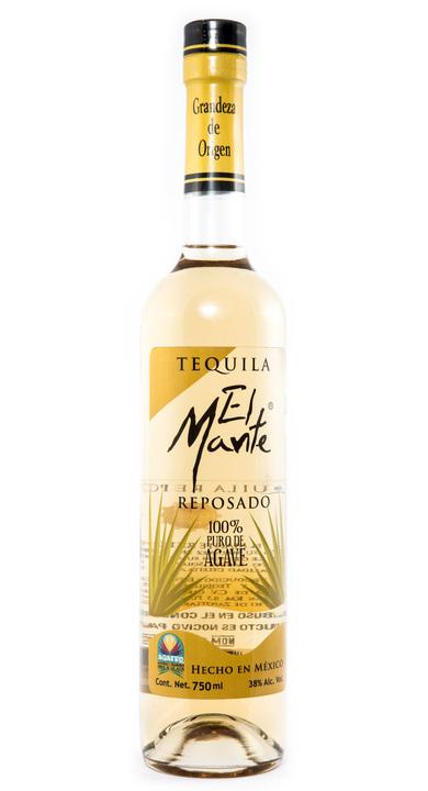 Bottle of El Mante Reposado