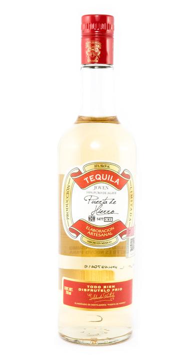 Bottle of Puerta de Hierro Joven