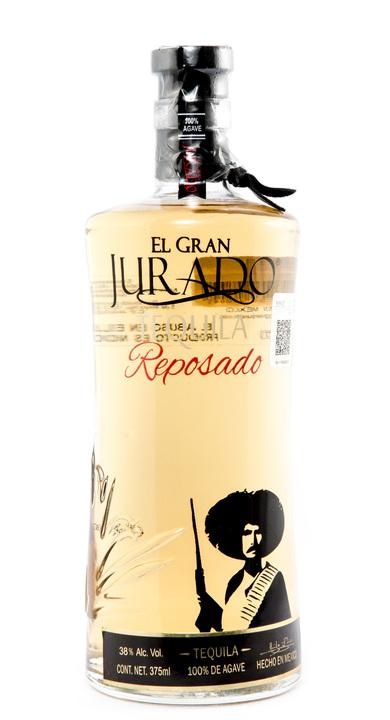 Bottle of El Gran Jurado Reposado