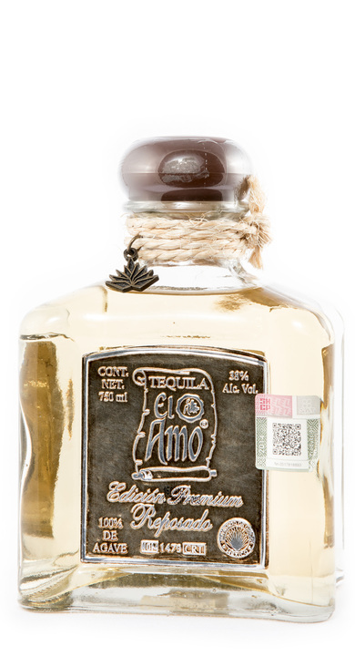 Bottle of El Amo Premium Reposado
