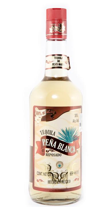 Bottle of Peña Blanca Reposado
