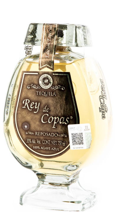 Bottle of Rey de Copas Reposado