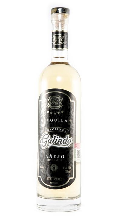 Bottle of Hacienda Galindo Añejo