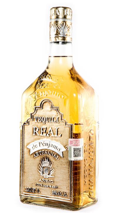 Bottle of Real de Pénjamo Añejo