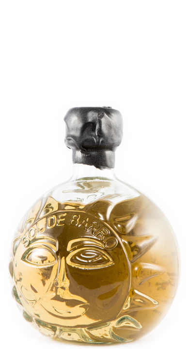 Bottle of Sol de Barro Añejo