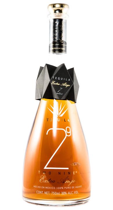 Bottle of 29 Tequila Extra Añejo