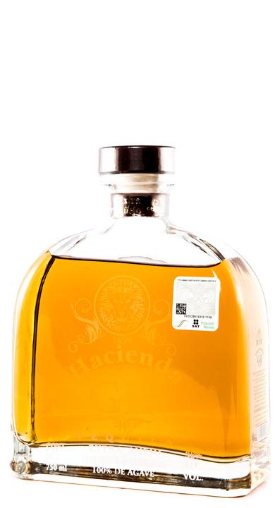 Bottle of Hacienda De Los Gil Extra Añejo