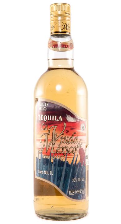 Bottle of La Viuda de Mexico Reposado