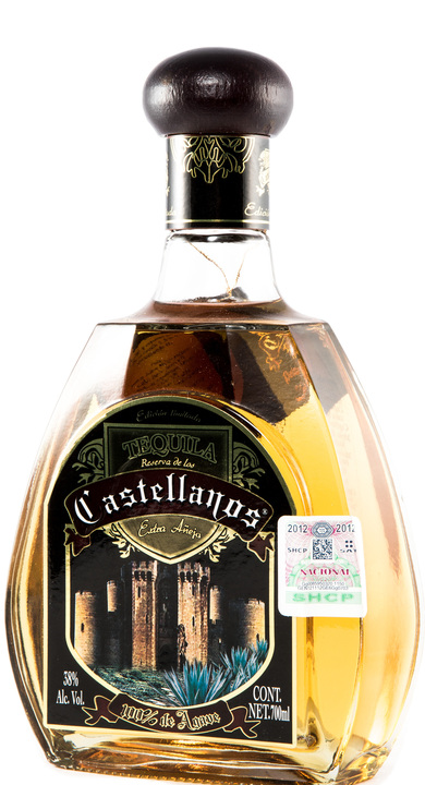Bottle of Castellanos Extra Añejo
