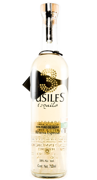 Bottle of 3 Fusiles Tequila Reposado