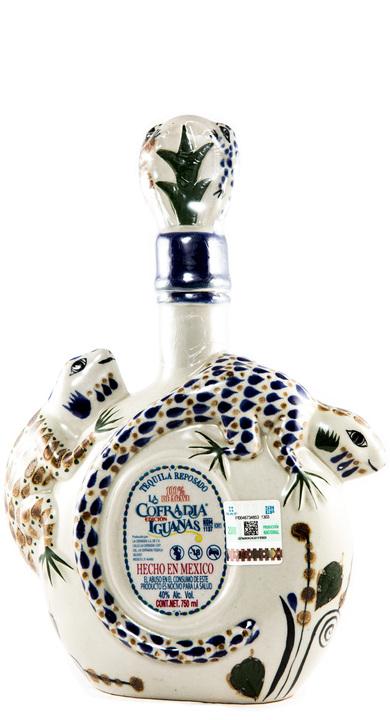 Bottle of La Cofradia Reposado (Edicion Iguanas)