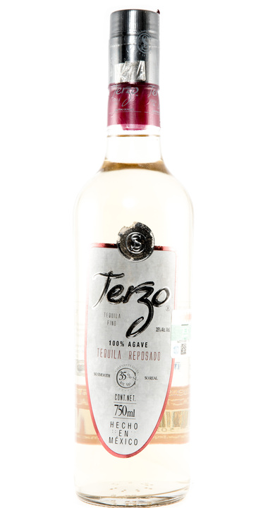 Bottle of Terzo Tequila Reposado