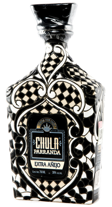 Bottle of Chula Parranda Extra Añejo