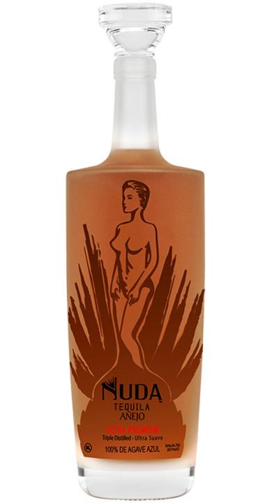 Bottle of Nuda Tequila Añejo