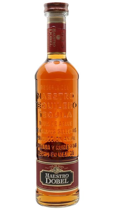 Bottle of Maestro Dobel Añejo