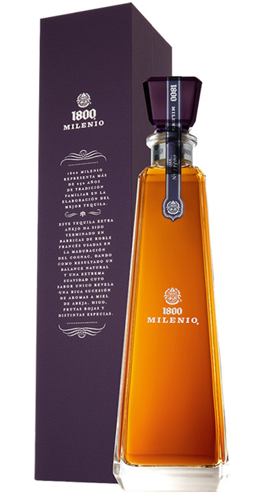 Bottle of 1800 Edicion del Nuevo Milenio Añejo