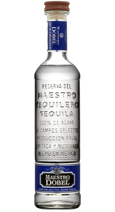 Bottle of Maestro Dobel Silver