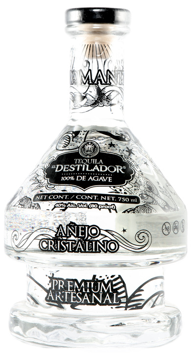 Bottle of El Destilador Añejo Cristalino