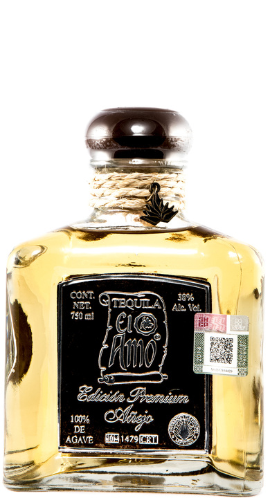 Bottle of El Amo Edicion Premium Añejo