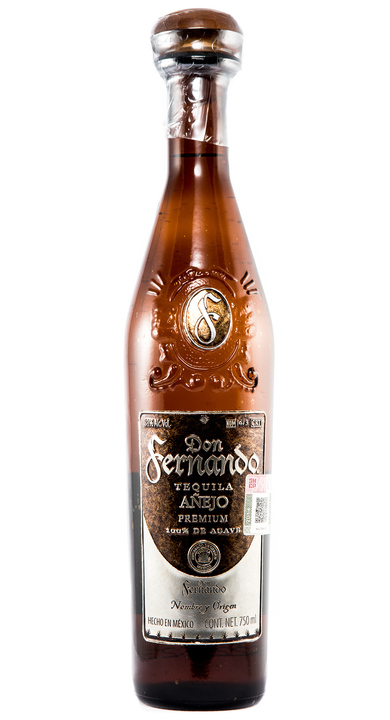 Bottle of Don Fernando Añejo