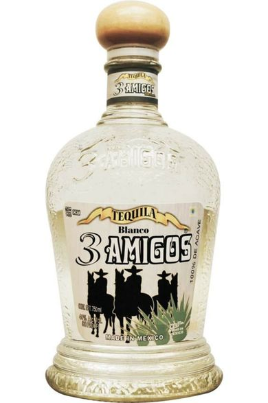 Bottle of 3 Amigos Blanco
