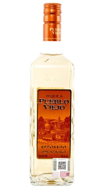 Bottle of Pueblo Viejo Reposado