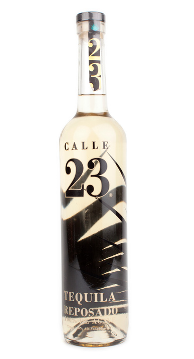 Bottle of Calle 23 Reposado