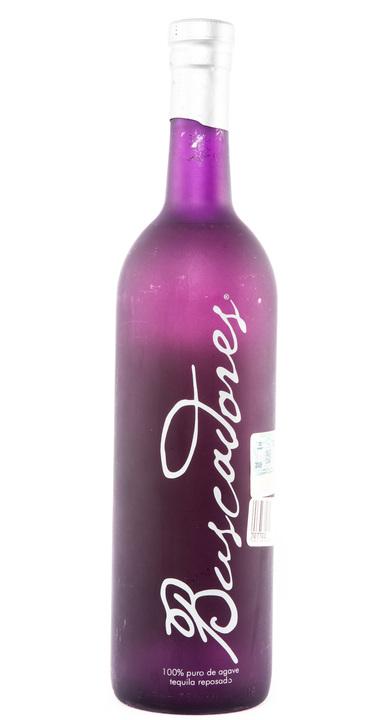 Bottle of Buscadores Reposado