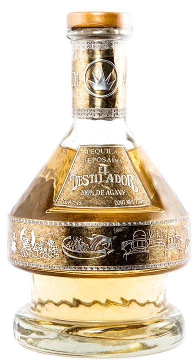 Bottle of El Destilador Reposado
