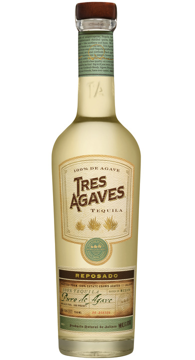 Bottle of Tres Agaves Reposado