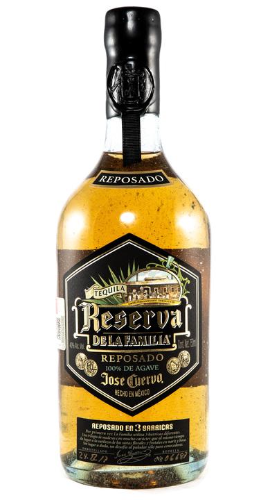 Bottle of Jose Cuervo Reserva de la Familia Reposado