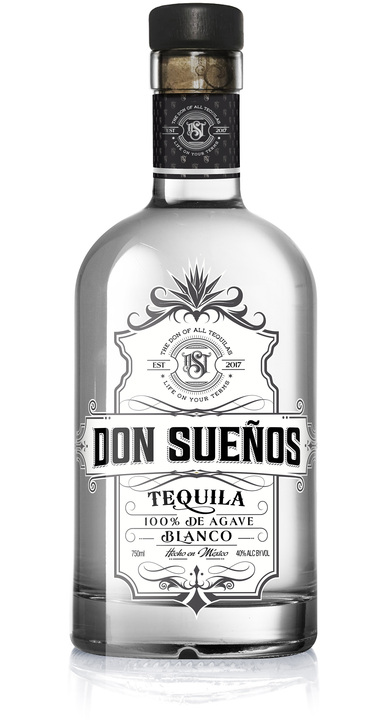 Bottle of Don Sueños Tequila Blanco