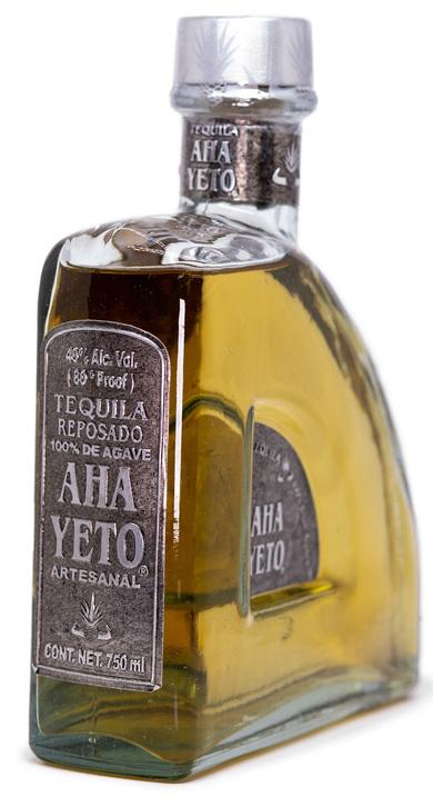 Bottle of Aha Yeto Reposado