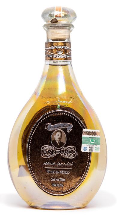Bottle of Don Servando Tequila Añejo