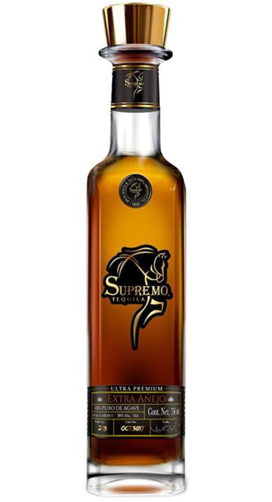 Bottle of Supremo Tequila Extra Añejo