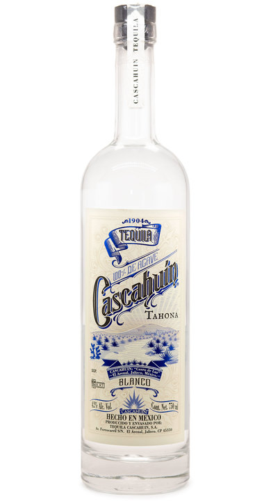 Bottle of Cascahuín Tahona Blanco