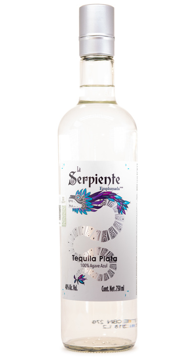 Bottle of La Serpiente Emplumada Plata